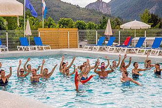 camping castellane animations piscine